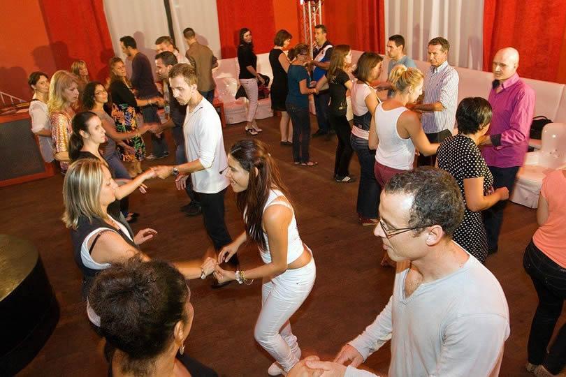 Tarifs cours de danses latines