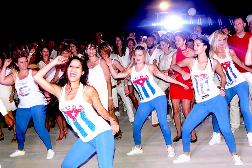 cours de danse latine et cubaine collectifs